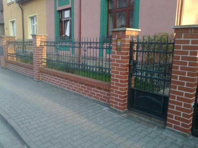 Kovaný plot